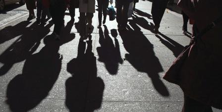 σκιες ανεργοι